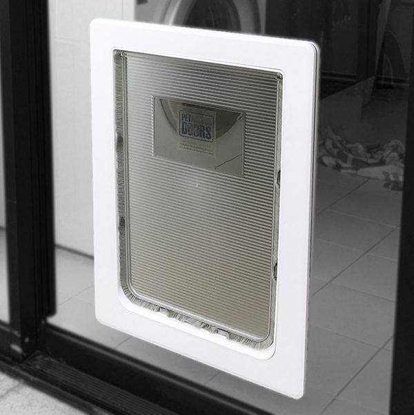 Rectangle pet door - 600x600